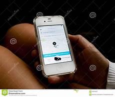 licence vtc a vendre uber app o mapa de rota em nyc fotografia editorial