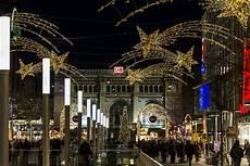 weihnachtsbeleuchtung hannover innenstadt foto bild