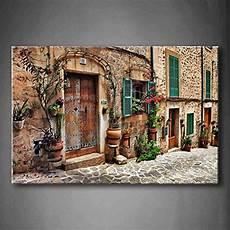 mediterrane mauer mit fenster streets of mediterranean town flower door windows wall