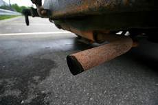 excessive oil from outboard exhaust subaru outback subaru outback forums stumped disappearing oil