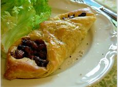 savoury bacon and blue cheese danish pastries_image