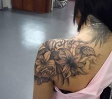 Tattoos Frauen Rücken - pin by housh on tats i want r 252 cken