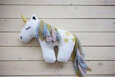 unicorn malvorlagen kostenlos runter baldachin aus t 252 ll und popelin plus einhorn schmusetier