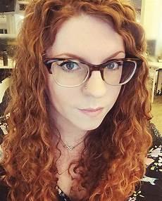 Brillenmode 2017 Damen - brillentrends 2017 f 252 r damen naturmaterialien und
