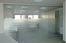 trennwände aus glas glaserei d 246 rr glas geschenke galerie trennw 228 nde