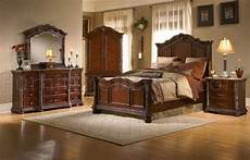 Mediterranes Beet Anlegen - cherry finish mediterranean classic 5pc bedroom set w