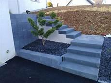 escalier quart tournant gauche en bloc marches avec