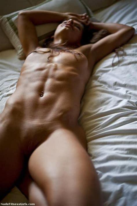 Julie Caitlin Brown Nude