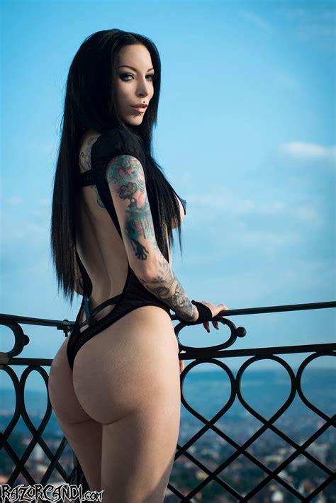 Lily Ivy Beach