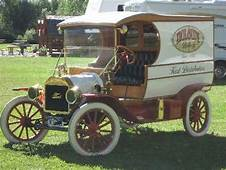 Model T Ford Forum Delivery Truck