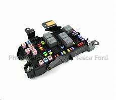 f250 fuse box repair brand new oem fuse box 2006 2007 ford f250 f350 f450 f550 sd 6c3z 14a068 bc ebay