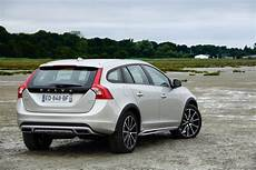 Essai Volvo V60 Cross Country D4 Awd Le S 233 Rieux