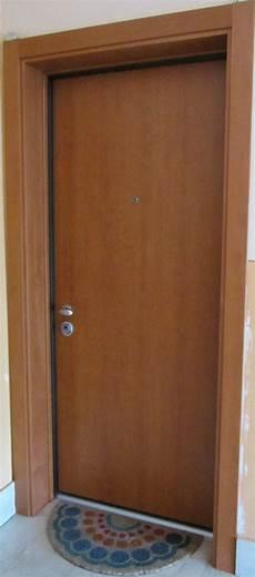 rivestimento porta blindata prezzo v8 serramenti porte blindate