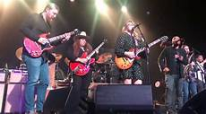 tedeschi trucks band members king mkb members guest with tedeschi trucks band in chattanooga