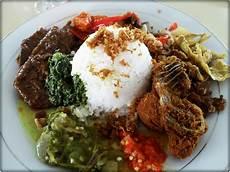 Kuliner Murah Meriah Di Padang Catatan Adiya Hizaki