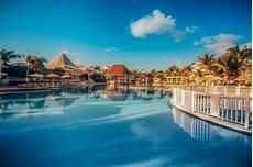 swimmingpool luxus im eigenen tropischer swimmingpool im luxus resort punta cana