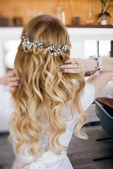 Brautfrisur Halboffen F 252 R Lange Haare 30 Ideen