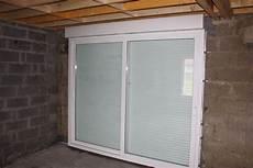 baie vitrée avec volet roulant remplacement porte de garage par baie coulissante avec