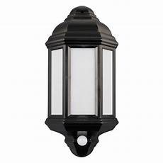 7w warm white smd led black pir security half lantern outdoor wall light qvs electrical