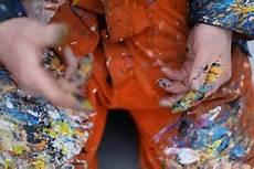 Eingetrocknete Farbe Aus Kleidung Entfernen - acrylfarbe entfernen so entfernen sie eingetrocknete