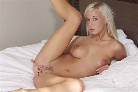 Sammi Sweetheart Nude