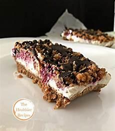 dolci con crema pasticcera senza cottura sbrisolona senza cottura con crema allo yogurt e frutti di bosco the healthier recipes