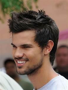guide des coupes de cheveux tendances pour les hommes