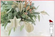 weihnachtsbaumschmuck selber machen aus alten b 252 chern
