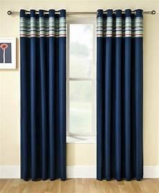 rideau bleu les rideaux occultants les plus belles variantes en