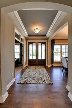 do you know the wall and tray ceiling paint colors