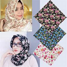 Jilbab Model Terbaru Segi Empat Voal Motif