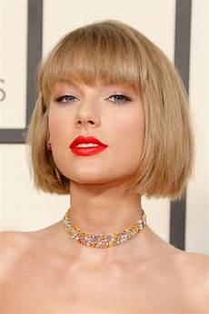 taylor swift hair makeup beauty hair skin taylor swift just made a major change to her hair for the grammys