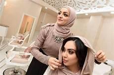 Model Untuk Wajah Oval Gallery Islami Terbaru