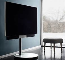 this shape shifting 4k tv adjusts itself for ideal viewing