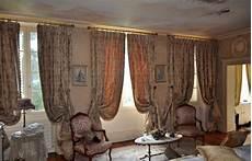 voilage haut de gamme rideaux classiques style xviii 232 me si 232 cle atelier secrea