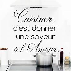 stickers ecriture pour cuisine sticker citation cuisine cuisiner c est donner une saveur