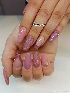 Rote Fingernägel Bilder - nageldesign rosa glitzer geln gel m dchentraum in rosa