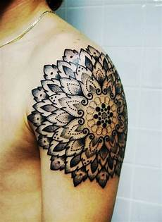 58 Amazing Mandala Shoulder Tattoos