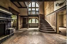 Villa Wooden Stairs Die Verlassenen Orte