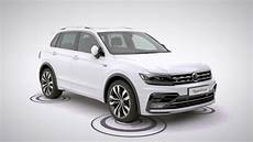 a closer look at the volkswagen tiguan r line and r line