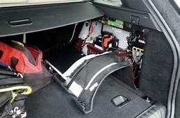 2014 Range Rover Sport Battery Location  Photo 102883139