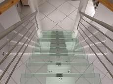 marche en verre escalier en verre prix moyen d un escalier marche et