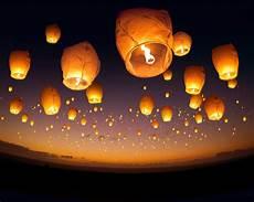 candele cinesi volanti pingxi sky lantern festival 08 to 09 feb 2020 taipei