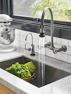 restaurant style kitchen faucets kitchen faucet buying tips