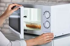 Stiftung Warentest Mikrowelle - do microwaves cause cancer and 3 other microwave myths
