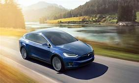 Tesla Launches Cheaper Model X 60D Electric SUV