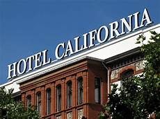 daily photo stream hotel california