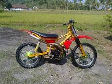 Modifikasi Trail Fiz R by Sevoi Modifikasi Motor Fiz R Menjadi Motorcross