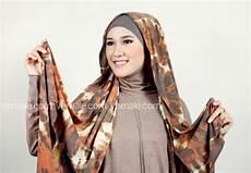 Cara Memakai Jilbab Pashmina Turban Kombinasi And