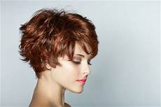 kurzhaarfrisuren fransig geschnitten frisuren stil haar fransig damenfrisuren kurz